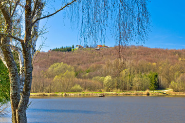 Idyllic cottages by the lake