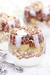 Red Quinoa Parfait with Apples