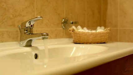 washbasin - running water