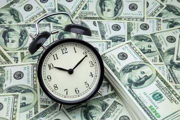 tiempo y riqueza