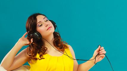 girl with headphones listening music mp3