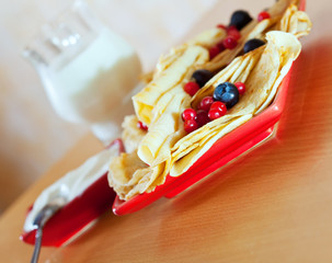 sweet pancakes with berries