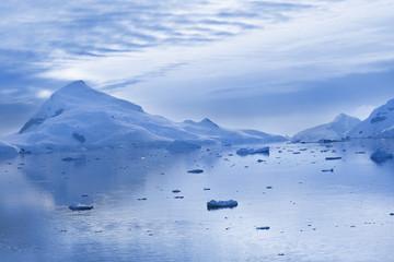 Antarctica Pardise Bay at dawn