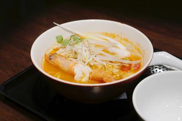 Spicy shrimp noodle