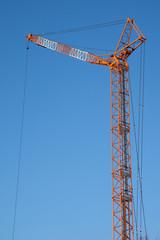 ビル建設現場のクレーン