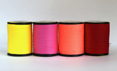 Row of thread in spool