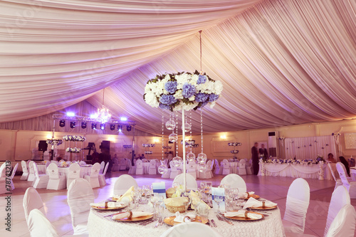 Wedding flowers decoration in the restaurant - 78743213