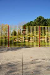 cancha urbana de baloncesto