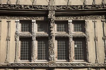 Francia,Normandia,città di Caen, finestre in legno.