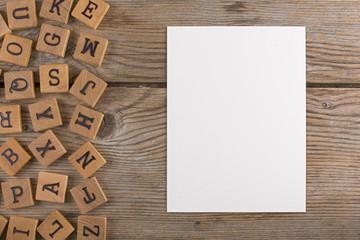 Pannello lettere legno