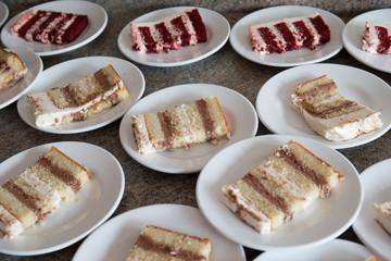 cut wedding cake flavor white red dessert