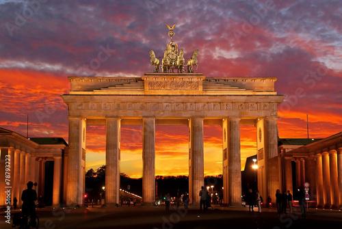 Spoed canvasdoek 2cm dik Berlijn Abendstimmung am Brandenburger Tor in Berlin