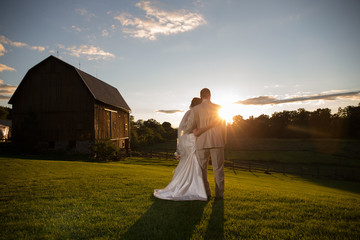 rustic barn wedding sunset couple love