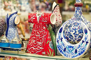 Traditional Turkish ceramics on the Grand Bazaar.