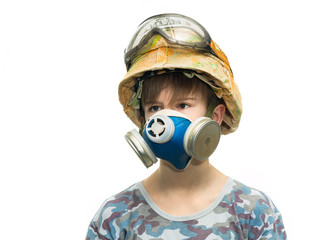 Little soldier with respirator
