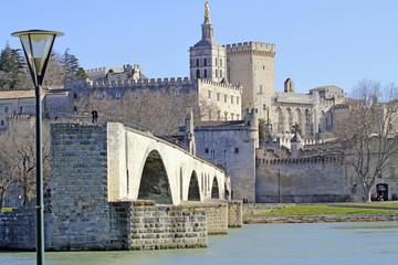 Avignon le pont et le Palais