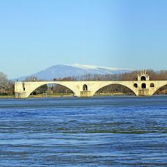 Pont d'Avignon et Mont Ventoux