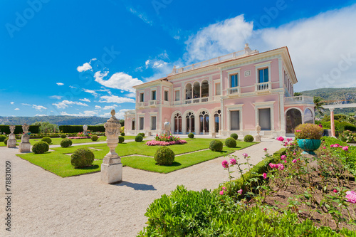 Garden in Villa Ephrussi de Rothschild, Saint-Jean-Cap-Ferrat - 78831009