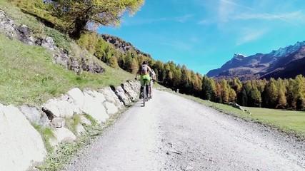gita con mountain bike