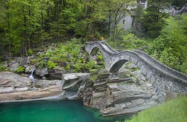 Svizzera,Canton Ticino, Val Verzasca,un ponte del diavolo.