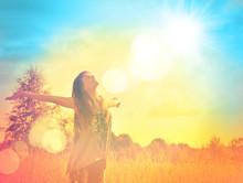 "Постер, картина, фотообои ""Free Happy Woman Enjoying Nature. Beauty Girl Outdoor."""