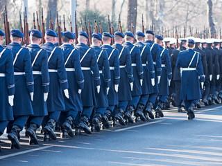Bundeswehrsoldaten eines Wachregiments