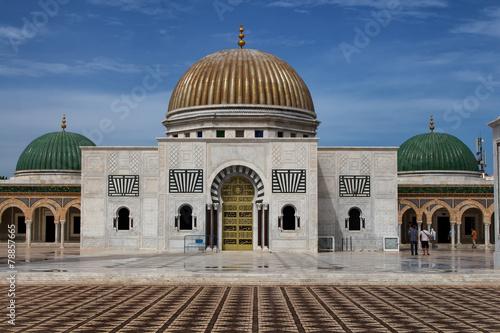 Fotobehang Tunesië Mausoleum of Habib Bourguiba in Monastir, Tunisia