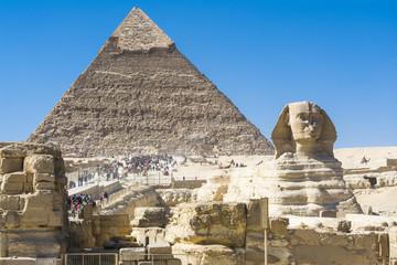 Sphinx and Pyramid of Khafre, Giza (Egypt)