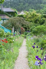 [パリ近郊観光名所]クロード モネの家 ジヴェルニーの庭園[MAISON ET JARDIN DE MONET]