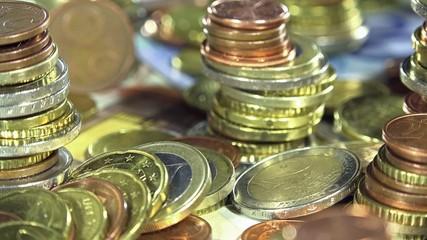 Rotating Banknotes and Coins (not loopable)