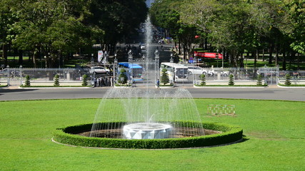 Zoom Out  - Main Fountain - Independence Palace - Ho Chi Minh City