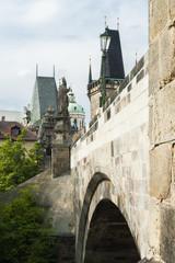 Puente Carlos desde el Río Moldava, Praga.