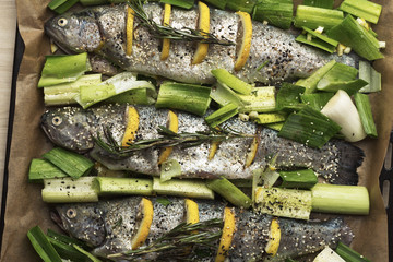 Cooking trout with lemon