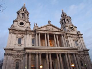 Façade ouest de la Cathédrale Saint-Paul, Londres
