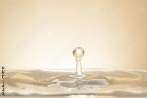 Waterdrop Gold - 78921297