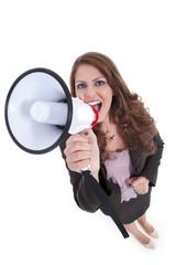 Junge Geschäftsfrau mit Megafon protestiert