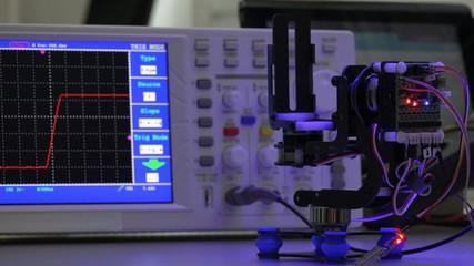 adjustment the servo in  electronics lab