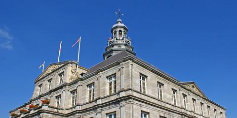 Historische Rathaus (stadhuis) in MAASTRICHT