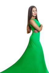 Портрет красивой стройной женщины в зеленом платье