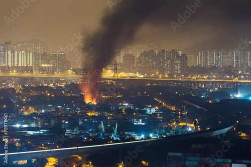 Foto op Canvas Rook Fire accident in city