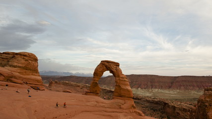 4K Time lapse zoom out Delicate Arch Utah