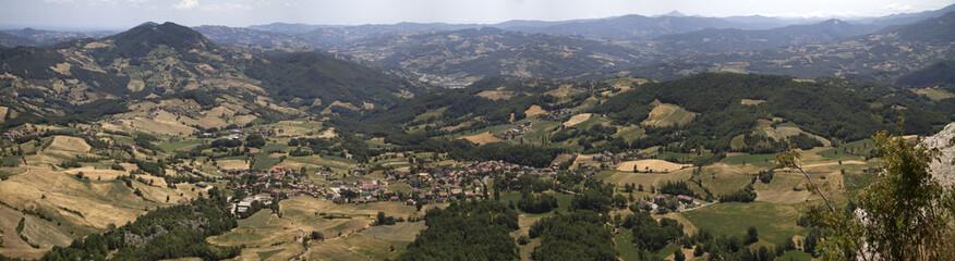 Panorama dalla Pietra di Bismantova