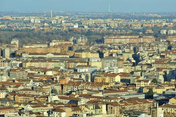 Milano dall'alto - vista verso nord est