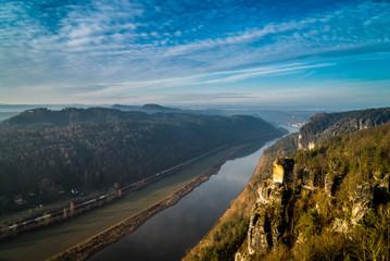 Elbtal Sächsische Schweiz von der Bastei aus gesehen