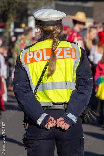 Leinwanddruck Bild Polizistin