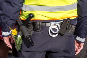 Polizeiwaffen...