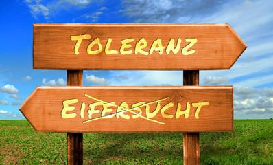 Strassenschild 33 - Toleranz