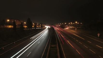 Photolia - trafique nocturne
