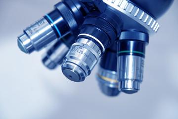 Microscope lenses