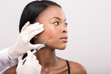 african american woman face lifting